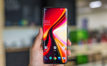 OnePlus 7 Pro Review: How Good is This Phone Compared to Other Flagship Phones?