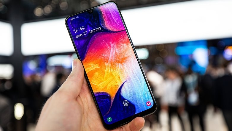 Samsung Galaxy A50 Review- A mid-range Killer with Flagship Feel