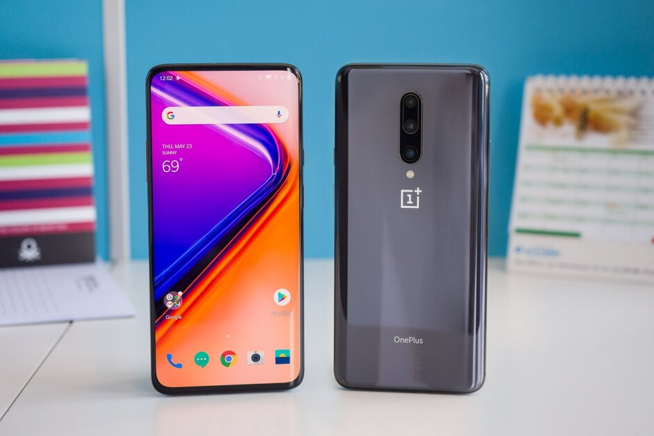 OnePlus 7 Pro At Unbeatable Price! Get it Before the Stock Ends