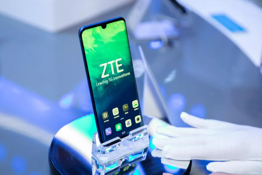 ZTE Axon 10s Pro 5G Unveiled with Snapdragon 865 Chipset, Triple Rear Camera and UFS 3.0 Storage